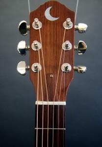 UU guitar headstock